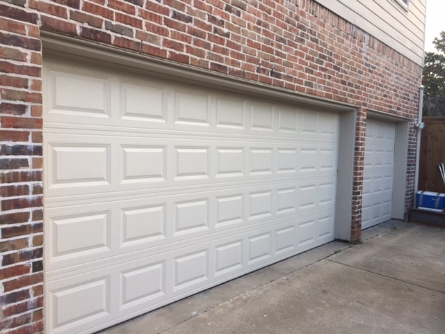 How to Fix a Noisy Residential Garage Door?
