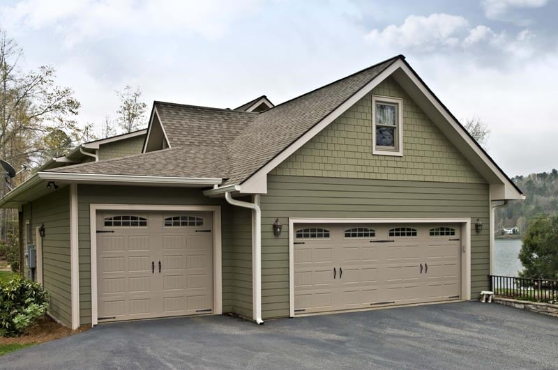 How to choose the right garage door?